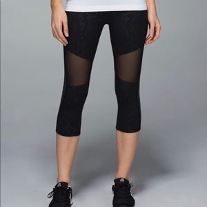 Lululemon Mesh With Me Cropped Leggings Black 8